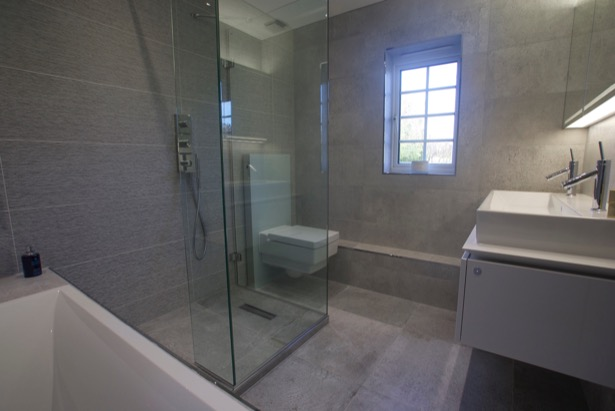 Wet room in Beaconsfield New Town